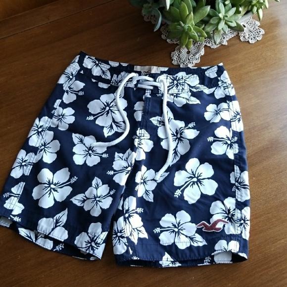 78ee322631 Hollister Swim   Floral Board Shorts Trunks   Poshmark